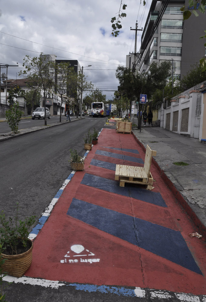 """Intervención """"El Lugar""""en Quito"""