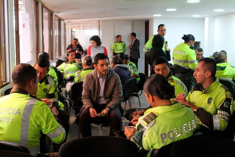 Taller vida en las vías con la Policía de Tránsito