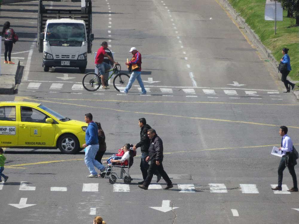 ¿Deben existir límites de velocidad en Bogotá? Experto responde