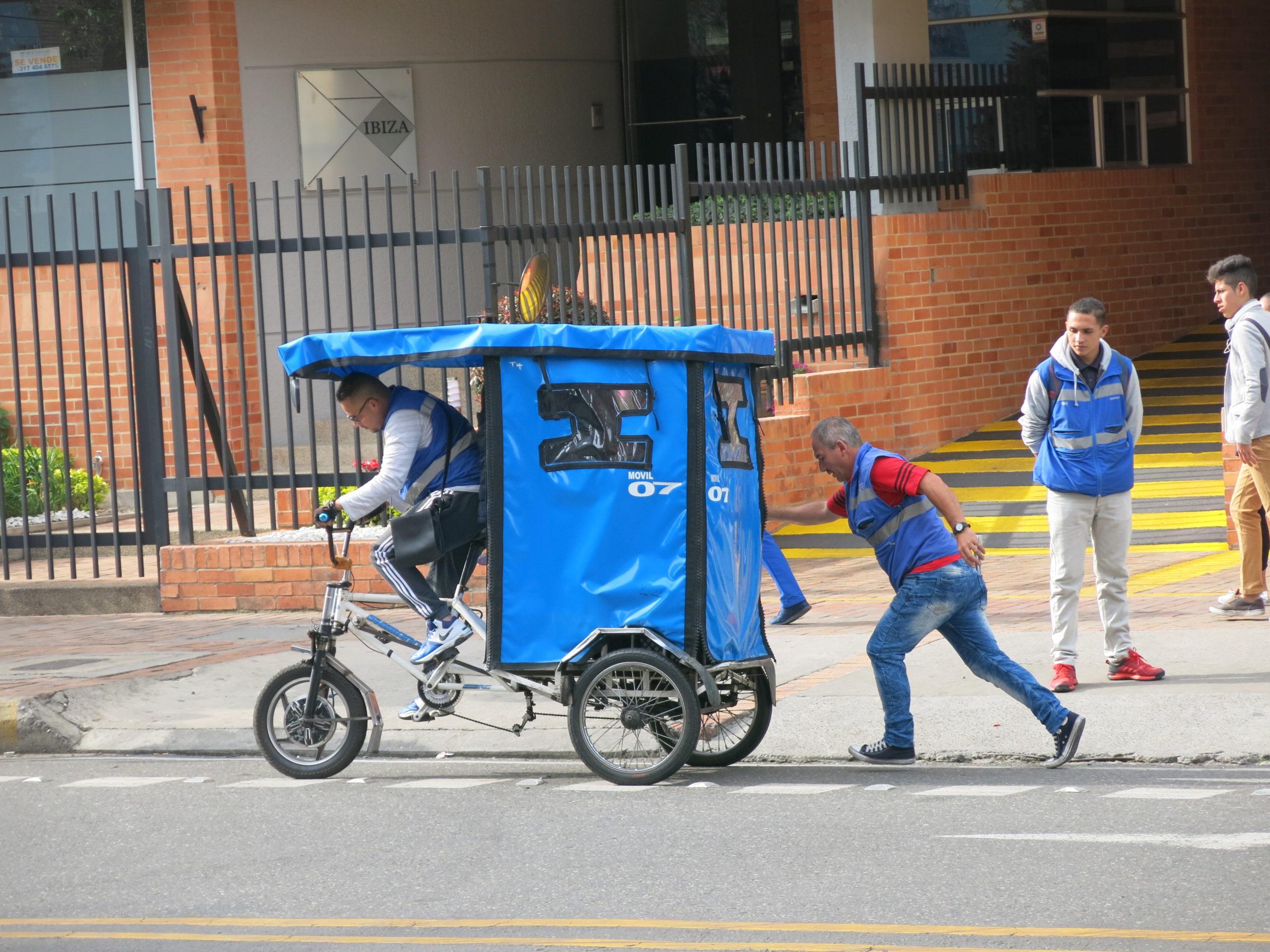 Apoyo a las estrategias de ciclismo urbano de Bogotá